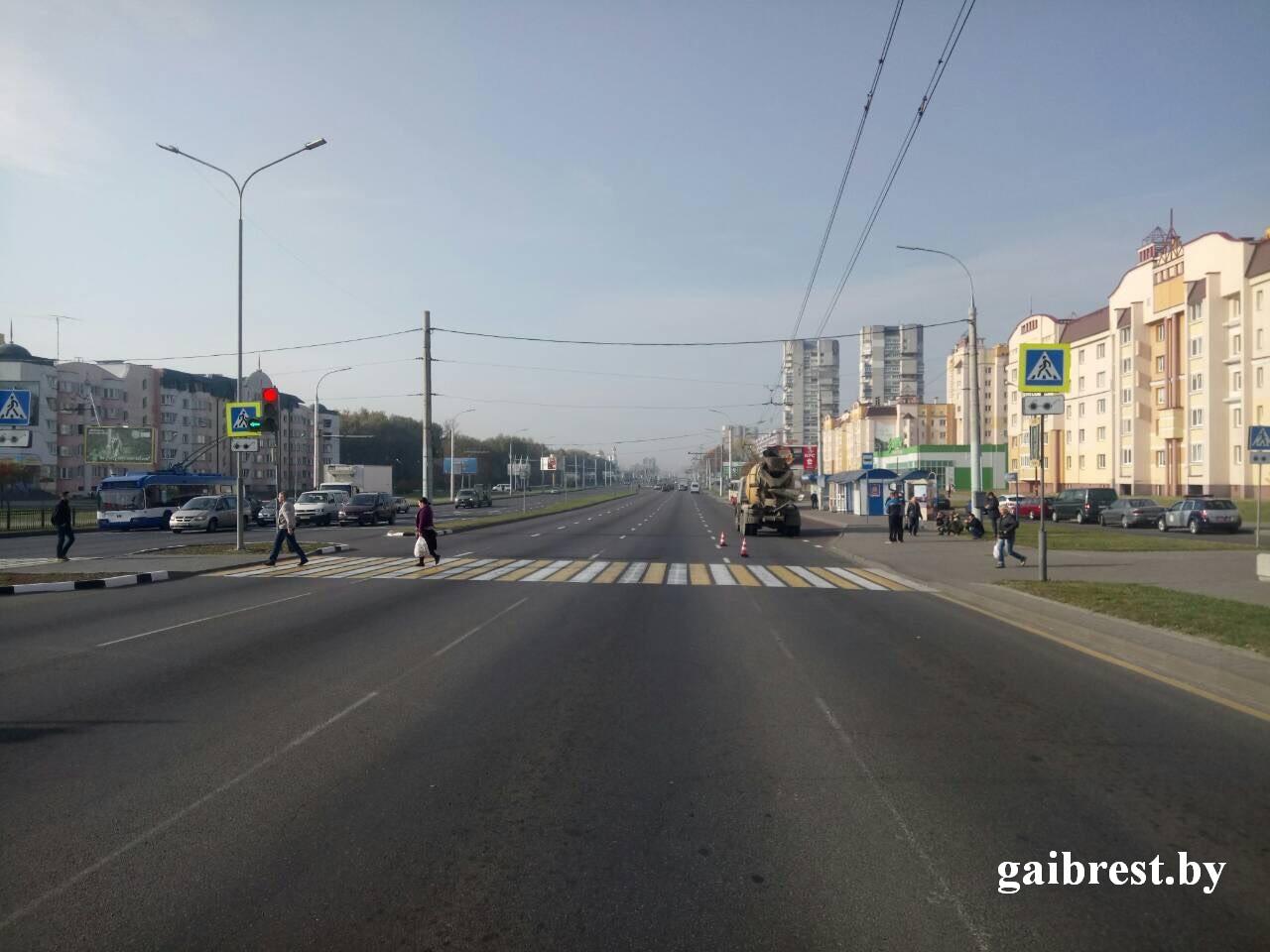 В Бресте в ДТП травмирован пешеход: на него наехал КАМАЗ