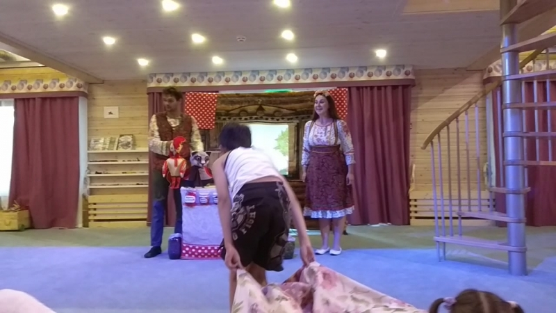 Кукольный спектакль в Индиго