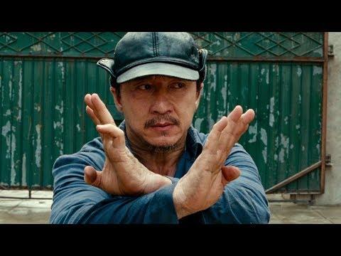 Мистер Хан защищает Дре от Чэна и его банды Каратэ пацан 2010