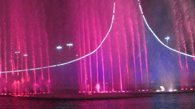 Поющие фонтаны в Олимпийском парке Адлер-Сочи
