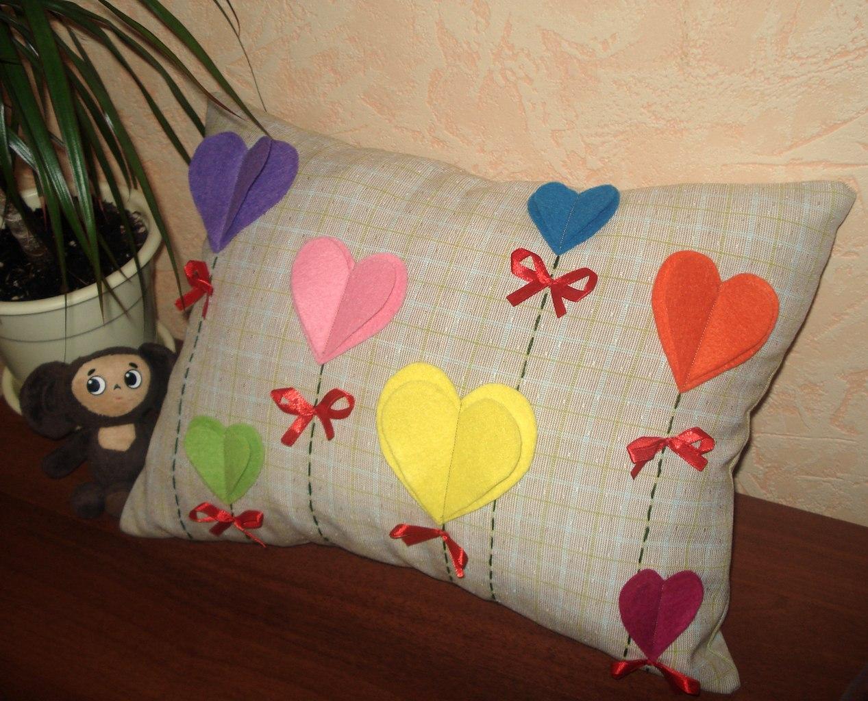 100 лучших идей: декоративные подушки своими руками на фото 67
