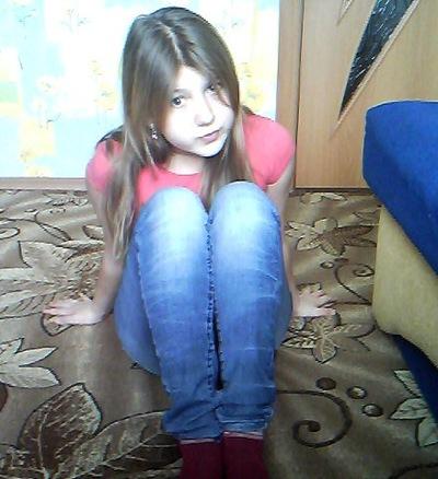 Вика Михайлова, 18 августа 1999, Санкт-Петербург, id195058660