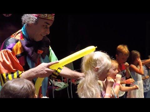 FUNNY CLOWN WITH CHILDREN IN KIRMAN BELAZUR FunnyClownVideos