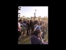 Рианна смотрит выступление Cardi B, Coachella Festival 2018, день 3 (15.04.2018)