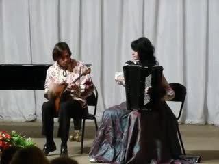 А.Шалов Валенки, исп. Алексей Буряков(балалайка) и Евгения Бурякова (аккордеон)