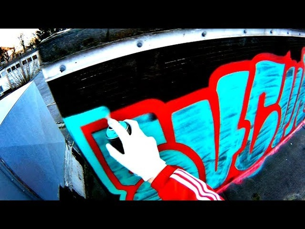GRAFFITI Throw Up Bombing Daytime Rooftop Raw Footage