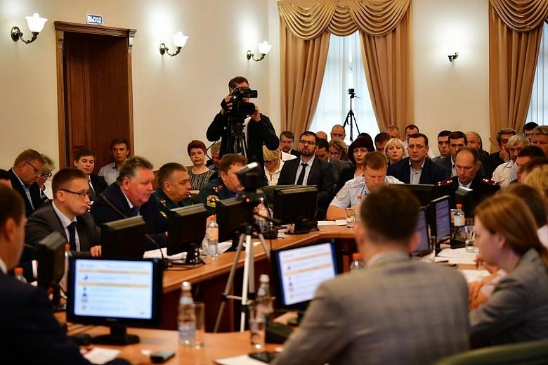В мэрии Ярославля доложили о ходе работ по ямочному ремонту