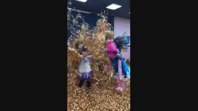 Золотое шоу с троллями Мастерская праздника Мармелад