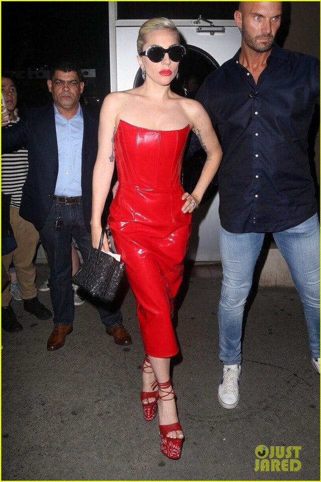 4 - Lady Gaga - Σελίδα 10 UbcrbP1rWRg