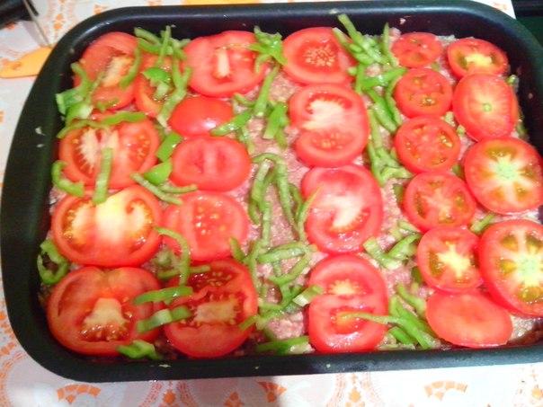 Фарш по-французски с картошкой помидором в духовке рецепт