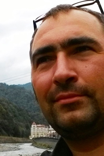 Александр Грибов