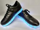 Кроссовки светящиеся черные с 31 рр