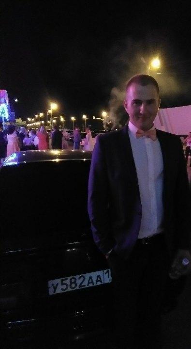 Aleksey, 22, Nizhniy lomov