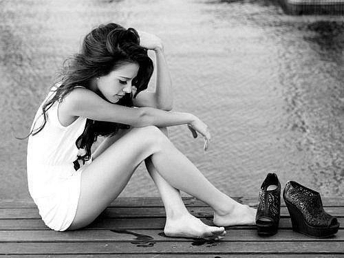 Минус одиночества в том, что через время начинаешь получать от этого кайф. И просто не пускаешь никого в свою жизнь