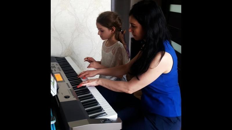 Репетитор по фортепиано Ксения Земляникина