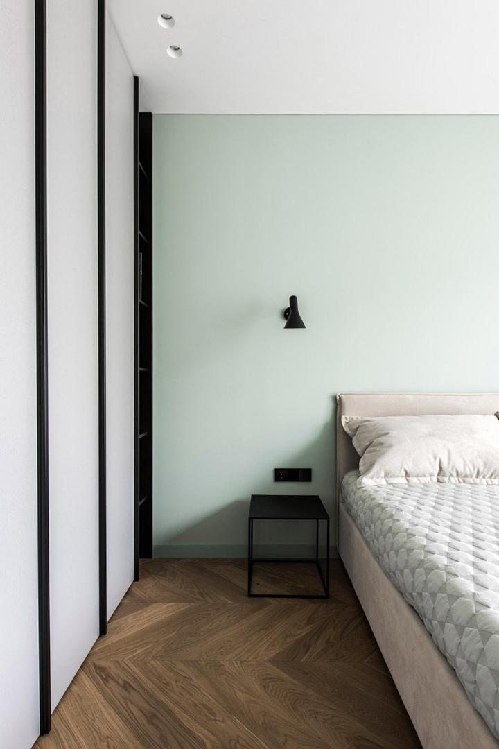 Современная квартира с интересными цветовыми акцентами в Вильнюсе (67 кв.