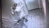 Нападение на подростков с ножом в лифте