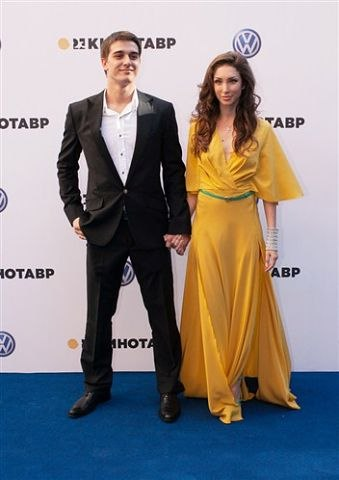 актёр бондаренко станислав фото личная жизнь
