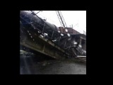 На въезд в Донецк обрушен Ж/Д мост вместе с товарным поездом