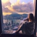 Когда женщина живет одна - это не страшно. Страшно, когда она одинока, живя вместе с мужчиной…