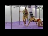 ГОРЯЧИЕ ДЕВУШКИ В РАЗДЕВАЛКЕ | Hot girls in the locker room