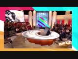 Брэдли Купера на французском шоу попросили назвать четыре песни, которые постоянно крутятся у него в голове