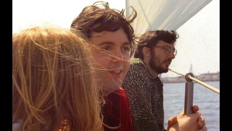 ♫ Paul McCartney and Linda photos on the Catalina trip 1968