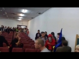 Испанские студенты дали отпор Украинским неонацистам в Мадриде - 09.10.2014