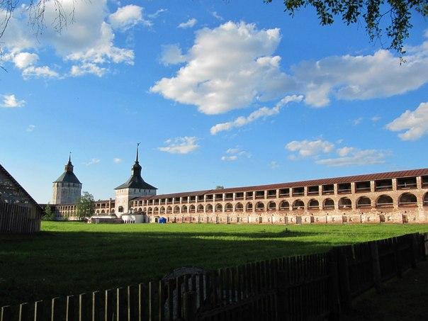 Монастырь. Новый город