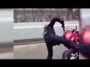 😈 Безбашенные мотоциклисты 😅!
