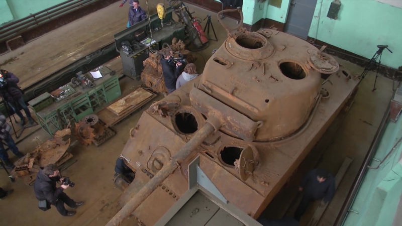 Специалисты ремонтно восстановительного батальона ЗВО намерены завершить реставрацию американского танка времен Второй мировой