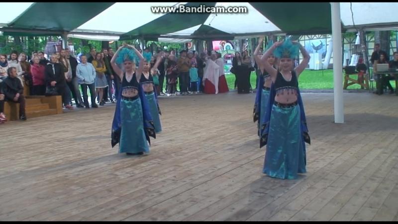 танец птицы млад группа горьк парк
