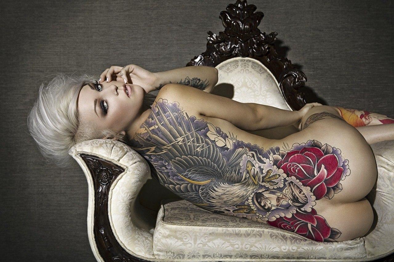 Татуировки для девушек на интимных местах 22 фотография