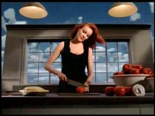 «Отчаянные домохозяйки» (2004 – 2012): Промо-ролик  (сезон 2) / Официальная страница http://vk.com/kinopoisk