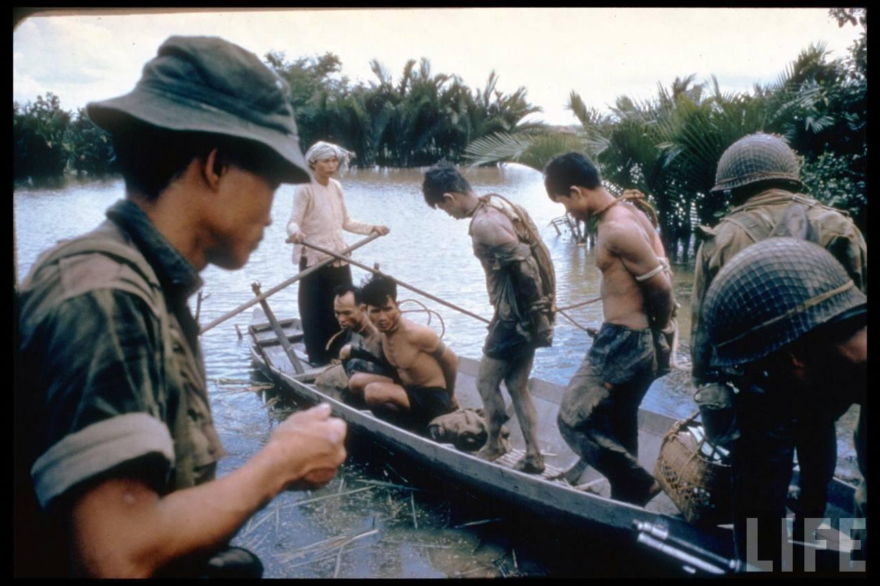 guerre du vietnam - Page 2 VNzMw4b1BVc