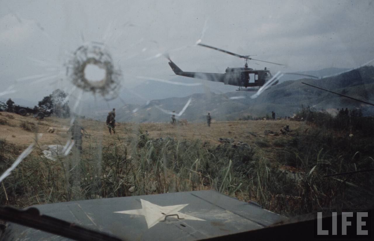 guerre du vietnam - Page 2 DdldnzmK9tM