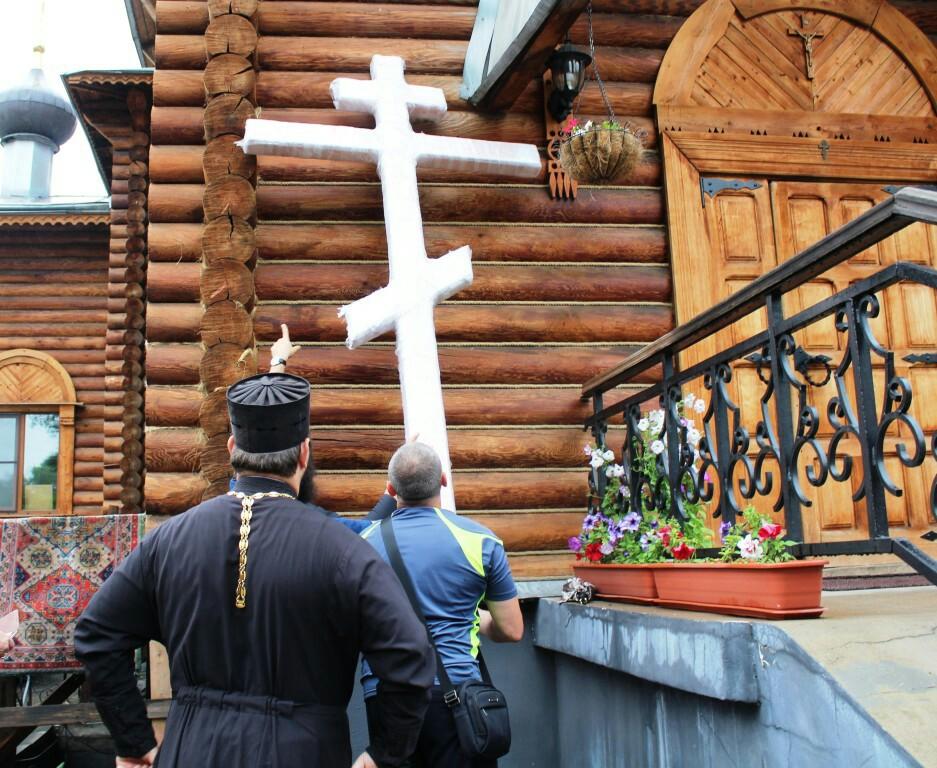 Никольский храм Биробиджанской епархии встретил Царский Крестный ход