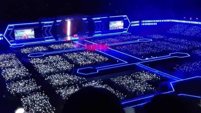 Как обычно проходит концерт EXO