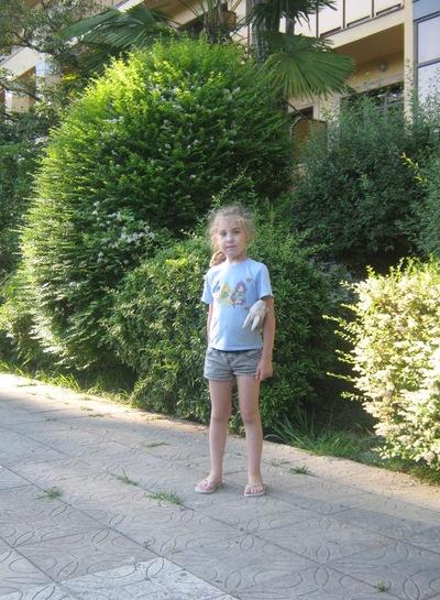 Элина Сагдеева, 17 августа , id151308471