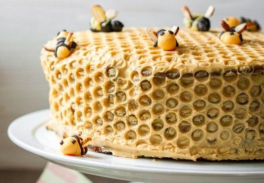Как сделать пчелку на медовый торт