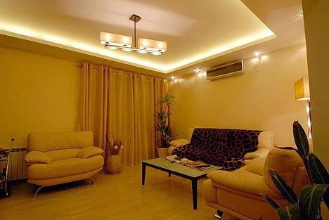 Каким бы ни было пространство вашей квартиры, сделать его более комфортным и уютным можно при помощи освещения.
