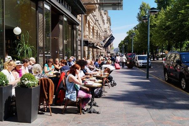 Кафешки на улицах Хельсинки