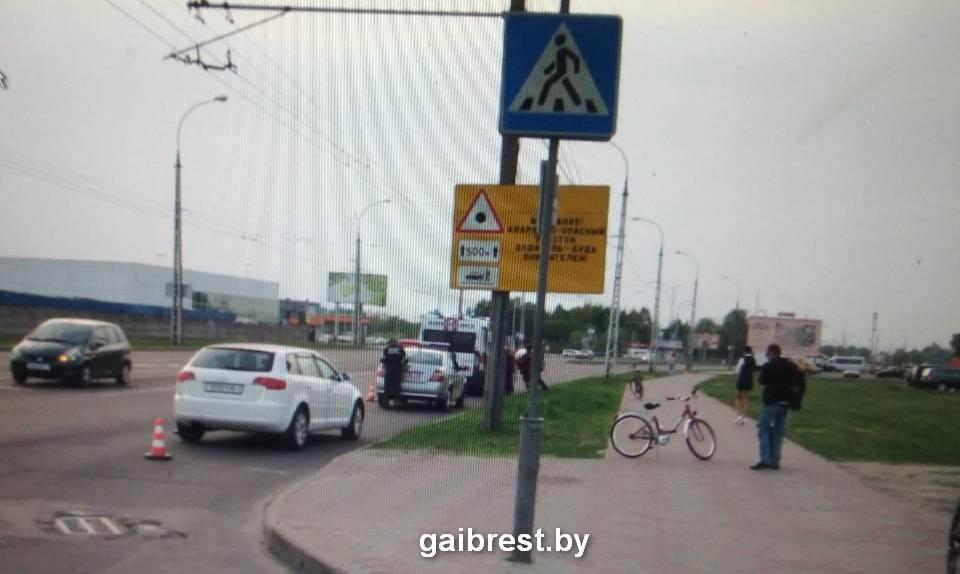 На регулируемом пешеходном переходе по ул. 28-го Июля пострадал ребенок-велосипедист