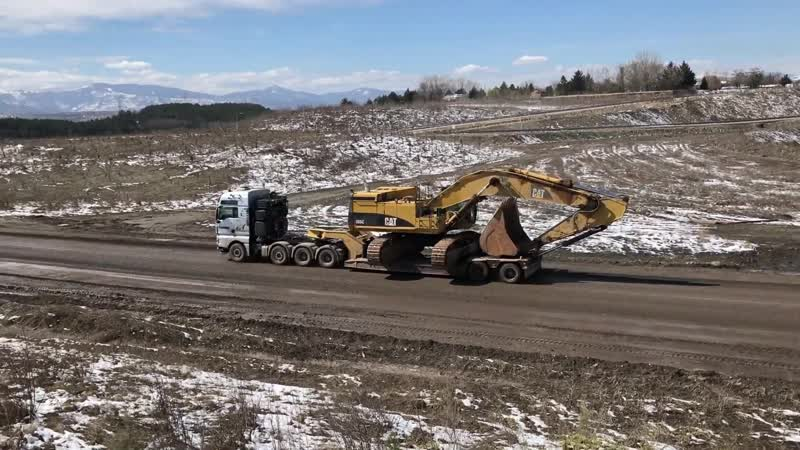 Loading And Transporting By Side The Cat 365C - Fasoulas Heavy Transports