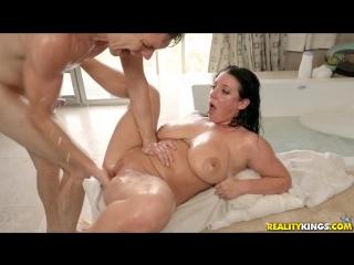 Angela white - big titted bubble bath brazzers