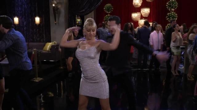 Jodie Sweetin Sexy Dance