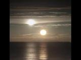 Иллюстрация: Закат на планете в двойной звездной системе