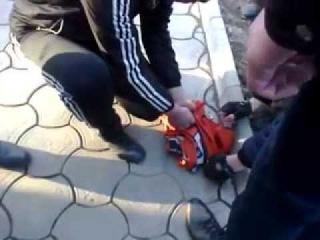 Российские наемники приняли флаг ФК ШАХТЕР за флаг УПА