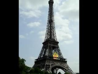 Писикак в Париже - он молчит и ничего не делает!!!