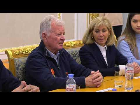 Французский космонавт Жан-Лу Кретьен посетил Дом Российского исторического общества
